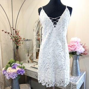 🍒NWT🍒 TJD WHITE LACE DRESS